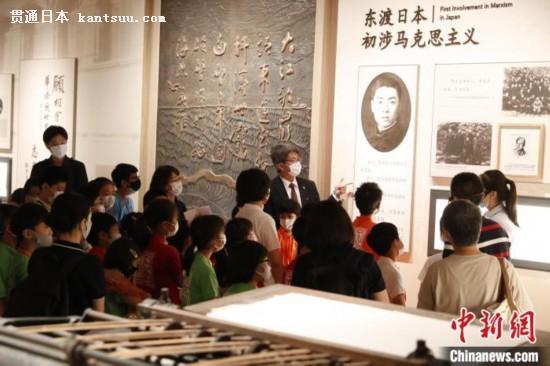 14日,天津市外办邀请天津日本人外籍人员子女学校学生与本市学生共40名青少年同游天津。 胡冰 摄